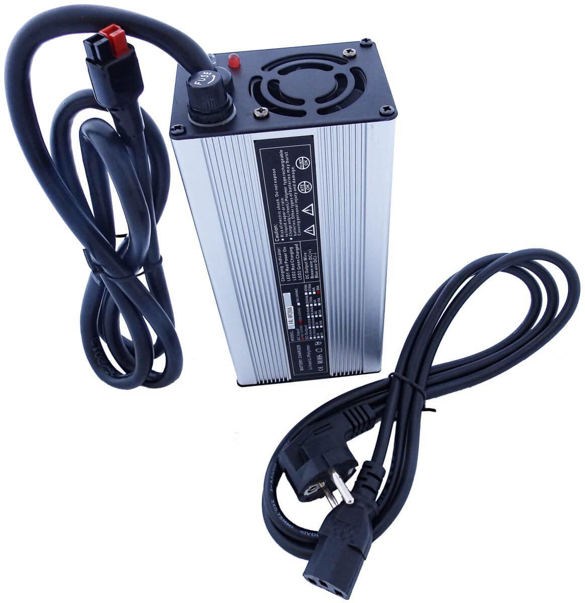 Chargeur pour valise lithium 25,2V 18A